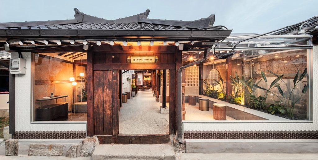 Case Tradizionali Cinesi : Seoul coffee ikseon è uno dei pochi hanok rimasti case tradizionali